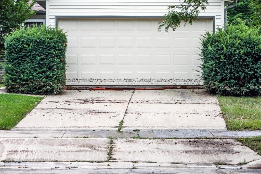 HOW TO PREVENT FLOODING IN YOUR GARAGE